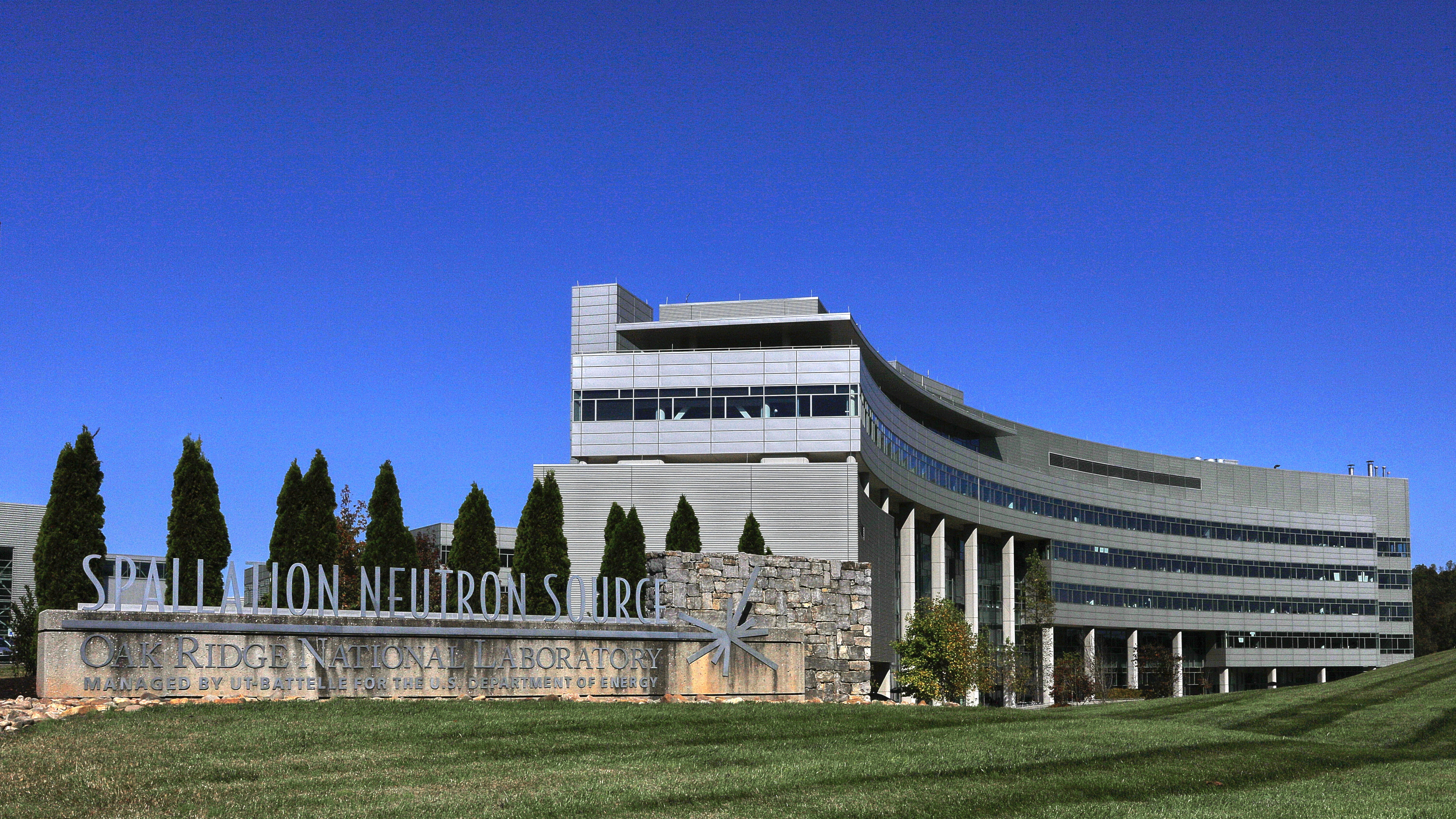 The Spallation Neutron Source at Oak Ridge National Laboratory has reached its operational power design level by running a neutron production cycle at 1.4 megawatts.