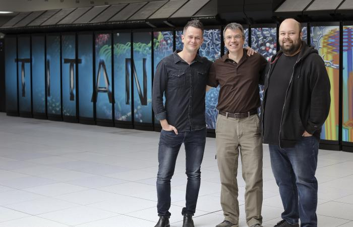 From left, Oak Ridge National Laboratory's Gaute Hagen, Thomas Papenbrock and Gustav Jansen used the Titan supercomputer at the Oak Ridge Leadership Computing Facility to calculate the structure of doubly magic nickel-78 and its neighbors.