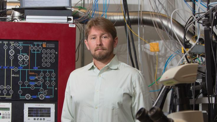 ORNL quantum computing scientist Travis Humble