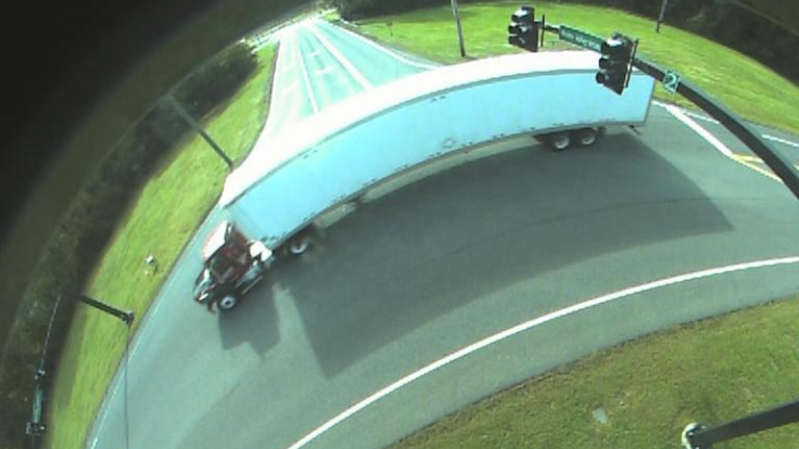 smart camera image of truck at intersection