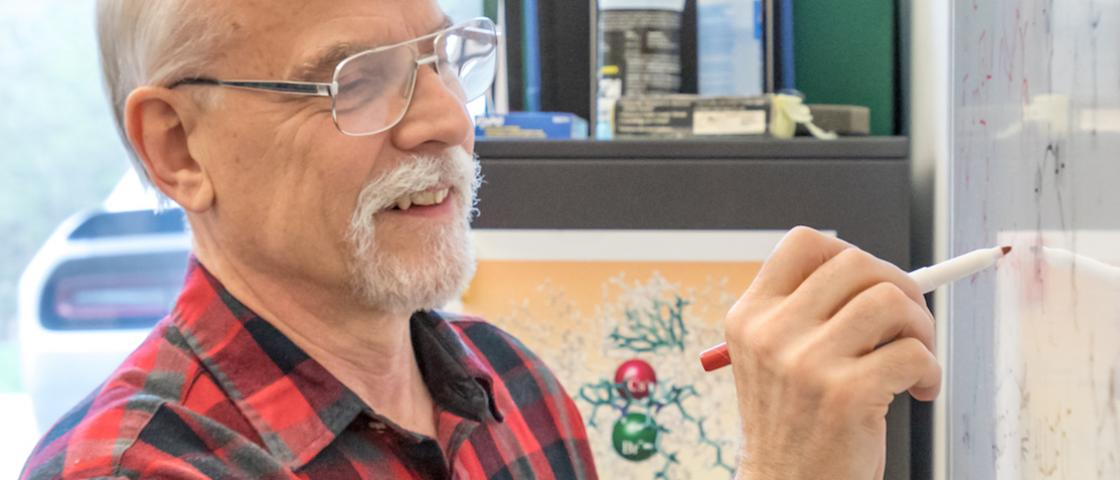 Bruce Moyer's 40-year career as a chemist at Oak Ridge National Laboratory has advanced the nation's nuclear, environmental, and clean energy solutions across decades with basic-to-applied research in chemical separations.