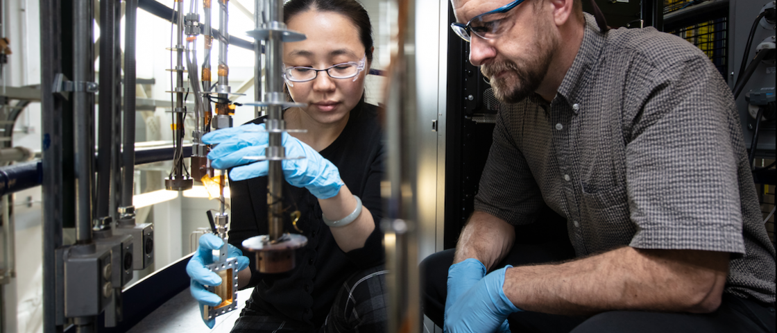 ORNL, Pacific Northwest National Laboratory and Washington State University turn to fundamental chemistry to advance cleanup strategies for legacy tank waste. Credit: Genevieve Martin/Oak Ridge National Laboratory, U.S. Dept. of Energy