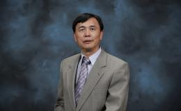 ORNL senior research scientist Baohua Gu has been named fellow by two geochemistry organizations.