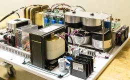 The hybrid inverter developed by ORNL is an intelligent power electronic inverter platform that can connect locally sited energy resources such as solar panels, energy storage and electric vehicles and interact efficiently with the utility power grid. Credit: Carlos Jones, ORNL/U.S. Dept of Energy.