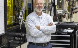 Porter Bailey started and will end his 33-year career at ORNL in the same building: 7920 of the Radiochemical Engineering Development Center.