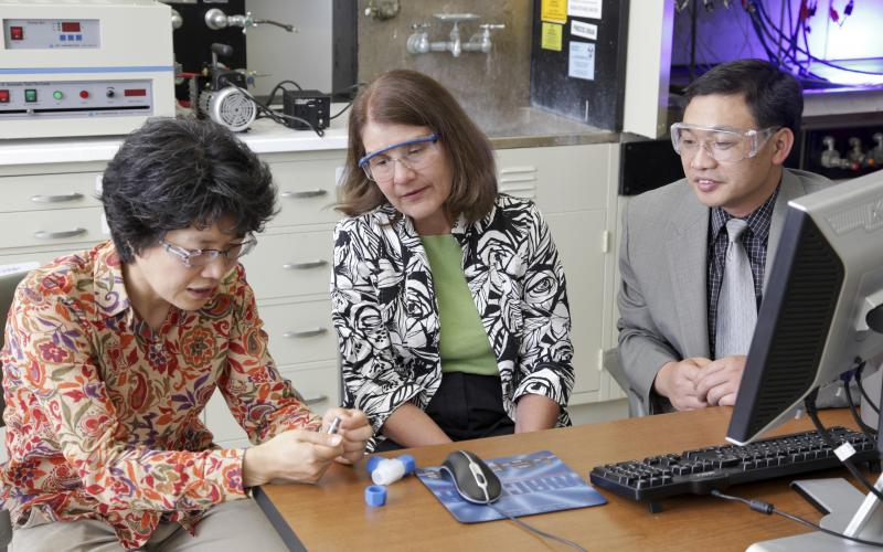 ORNL's Nancy Dudney (center) and former lab researchers Jane Howe and Chengdu Liang were among the developers of lithium-sulfur materials that have been licensed to Solid Power for use in next-generation batteries.